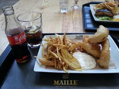 Lisbon for Foodies – Mercado da Ribeira Fish And Chips, Mexican Food Recipes, Ethnic Recipes, Latin Food, Lisbon, Chicken, Mexican Recipes, Latin American Cuisine, Cubs