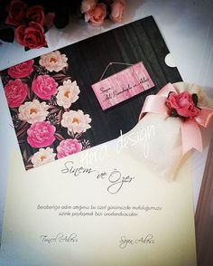 Davetiyelerinizle uyumlu nikah hediyeleri... #heradesign #özeltasarım #nikahhediyelikleri #nikahşekeri #nikah #düğün #nişan #wedding #weddingfavors #lavanta #lavantakesesi #lavenderbag #lavender #vintage #kokulukeseler #elitedavetiye #davetiyemodelleri #invitation #card