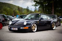 Stanced Porsche 964
