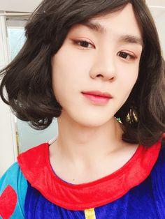 Winwin, Taeyong, Nct 127, Nct Dream, Bubbles, Photos, Wattpad, Fandoms, Culture