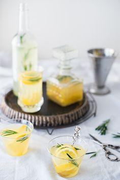 Sirup mit Kräutern, sirup with herbs