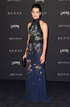 La tradicional #LACMAgala acogió a las mejor vestidas. El recuento de lujo absoluto aquí... http://buff.ly/1GfERa1