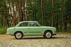 Syrena Laminat - klasyk, który tworzył historię Cars And Motorcycles, Transportation, Classic Cars, Automobile, Waves, Vehicles, Motorbikes, Historia, Poland
