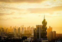 Siguenos En Facebook -   'Casco Viejo Panama City'