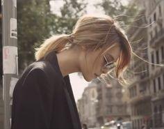 "Kahi's hair in her ""It's Me"" music video. Love, love, love her hair in that MV."