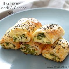 If you thought we couldn't improve on our Spinach and Ricotta Roll recipe, wait until you try these Thermomix Spinach and Cheese Rolls! These Thermomix Spinach and Cheese Rolls really are the ultimate savoury treat Cheese Rolling, Spinach And Cheese, Spinach Ricotta, Spinach Rolls, Grated Cheese, Baby Spinach, Calzone, Savory Snacks, Veggies