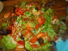 Ensalada con frutas y vinagreta de frutos rojos