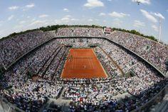 Y ya van nueve... - Nadal posa con su novena Copa ... | Deportes | EL MUNDO