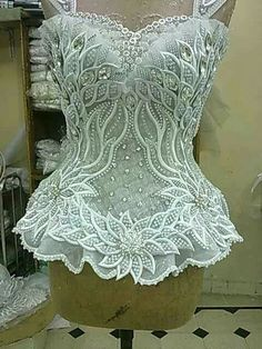 Hochzeitskleid ausgefallen: white lace Sexy Corsets are affordable, durable, fashionable, and healthy wearing