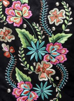 Amaya embroidery detail
