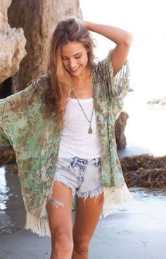 chic summer outfit to wear on vacation boho fashion