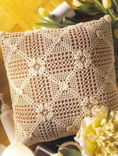 World crochet: Pillow 33 Crochet Motifs, Crochet Chart, Crochet Squares, Crochet Patterns, Crochet Cushion Cover, Crochet Cushions, Crochet Decoration, Crochet Home Decor, Crochet Dollies
