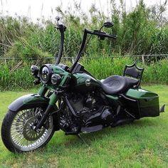 Harley Davidson Fat Bob, Harley Davidson Motorcycles, Custom Motorcycles, Custom Bikes, Harley Fatboy, Harley Bobber, Harley Bikes, Bagger Motorcycle, Motorcycle Clubs
