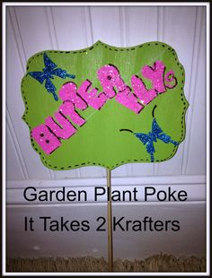 Planter Sign Indoor and Outdoor Garden by Ittakes2krafters on Etsy  @parentsmagazine @acountryflorist