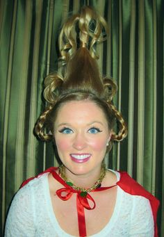 A Cindy Lou Who Hair Tutorial! its cindy lou who hairstyles - HairStyles Cindy Lou Hoo, Cindy Lou Who Hair, Whoville Costumes, Whoville Hair, Christmas Costumes, Seussical Costumes, Halloween Costumes, Cindy Lou Who Costume, Christmas Party Hairstyles