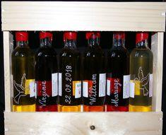 Coffret mignonnettes de rhums arrangés#gravé et personnalisé#pour un cadeau#original et unique# Oise, Wine Rack, Unique, Rum Bottle, Custom Glass, Glass Etching, Weddings, Quirky Gifts, Casket