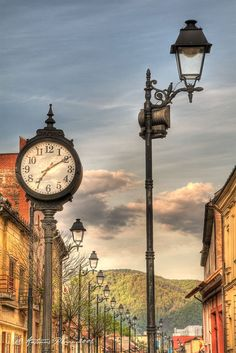 Romania seems so beautiful - Kristin The Beautiful Country, Beautiful World, Beautiful Places, Beautiful Pictures, Europe Destinations, Holiday Destinations, Oh The Places You'll Go, Places To Visit, Outdoor Clock