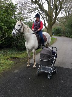 Horses, Husbands and Motherhood! Read Kelly's second installment post having a baby! #LofthouseEquestrian