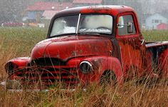 Advance Design Trucks Photo Gallery - Abandoned Truck