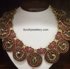 Traditional Bottu Necklace photo