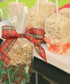 Chocolate Drizzled Rice Krispie Bars - These are the perfect holiday treats for gifts!
