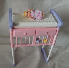 Baby Barbie, Barbie Toys, Barbie I, Barbie And Ken, Doll Toys, Dolls, Baby Doll Set, Baby Doll Nursery, Barbie Happy Family