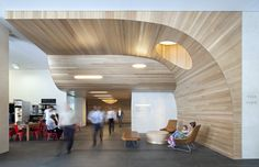 Green Square North Lobby by Geyer