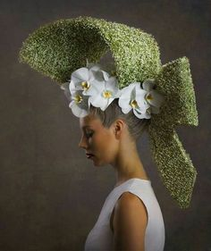 Headpiece with #orchids #phalaenopsis #orchidee