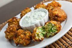 Calabacín griego y bolas de feta | 29 Deliciosas cosas que puedes hacer con calabacín
