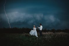 These 25 Wedding Photos Are In A League Of Their Own | HuffPost
