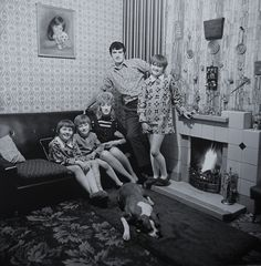 Martin Parr: 48 Years of Photographing the Quirky and Kitschy in Manchester - The New York Times