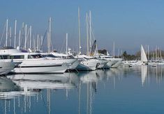 Yacht Insurance for Motor and Sail Yachts from WR Hodgens Marine Insurance in Fort Lauderdale, FL, USA.