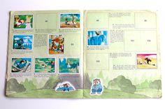 Un matin de 1989 sous le préau de l'école - Eloely - Lire la suite : http://www.eloely.com/mon-grenier/6169-un-matin-de-1987-sous-le-preau-de-lecole-01-06-2015/