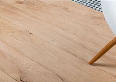 Plancher Massif Monolame Chêne Rives Abimées Campagne Vieux Fond De Wagon Initial Brut - Fsc- Rainures 2 Cotes Et Fausses Languettes - Bouts Coupes D' Equerre - Largeurs Panachees (livre En 4 Largeurs )selon Stock De 90 à 180mm - Longueurs De 500 à 2500mm