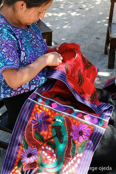 Artesana, Chiapas, Mexico | jorge ojeda badenes, via Flickr
