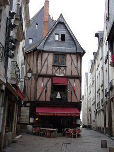 Tours, France in the Loire Valley, popular with cyclists. Tours Loire Valley, Loire Valley France, Backpacking Europe, Places To Travel, Places To Visit, France Country, Saumur, Namibia, Peru