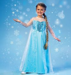 Winter Princess Costume | This blue dress is gorgeous and perfect for Halloween!
