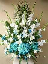 Arreglos Florales there of .thing that has to go with this famliy after avw Arrangements Funéraires, Gladiolus Arrangements, Funeral Floral Arrangements, Church Flower Arrangements, Beautiful Flower Arrangements, Beautiful Flowers, Altar Flowers, Church Flowers, Funeral Flowers
