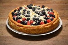 Witte chocolade cheesecake met zomerfruit -Uit de pan van San