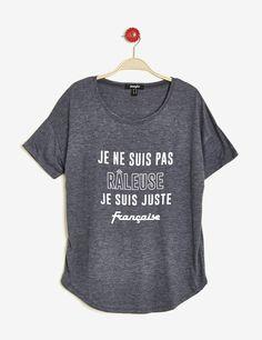 Sweat Style, Funny Shirts, Tee Shirts, Spirit Shirts, Mothers Day Shirts, Shirt Refashion, Funny Outfits, Custom T, Mode Style