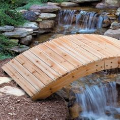 This footbridge looks simple and easy to make for my back yard garden. Garden Art, Garden Design, Garden Ideas, Pond Ideas, House Design, Wooden Arch, Outdoor Projects, Outdoor Ideas, Outdoor Stuff