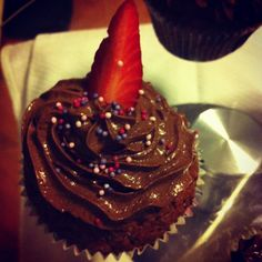 Banana Chocolate birthday cupcakes
