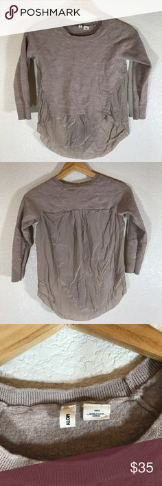 Anthropologie Moth Top! Sz M Anthropologie Moth Top! •EUC •Hi lo top • Hybrid sweater in front and blouse in back,so pretty! Labeled size M but runs small Anthropologie Tops Blouses