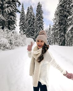 snowball fight! love this outfit for winter