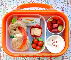 Apple Bento by Bent On @BetterLunches   how to keep the lunch cute on the way to school