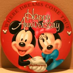 WALT DISNEY WORLD: Happy Anniversary   A Disney Mom's Thoughts: Buttons from the World