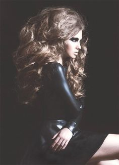 Big hair ~Inspired by Batiste's XXL Dry Shampoo~ www.batistehair.com. #hairdo #volume #big