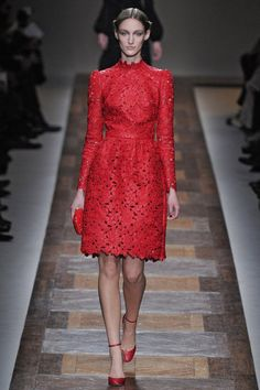 Valentino Runway 2012 Fall Photo 30