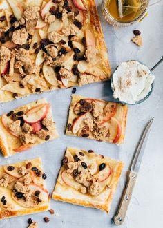 Appelkruimel plaattaart + winnaar - Uit Pauline's Keuken Cakepops, No Bake Cake, Vegetable Pizza, A Food, Bakery, Deserts, Cupcakes, Dishes, Ethnic Recipes