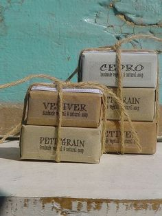 FOR THE BOYS - natural soap / vegetable soap / natural soap / handmade soap / homemade soap / packaging / www. Soap Handmade, Handmade Soap Packaging, Bronners Soap, Wrapping Gift, Limpieza Natural, Homemade Soap Recipes, Home Made Soap, Soap Making, Packaging Design